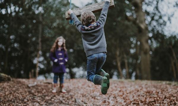 La vie dans les bois : des activités amusantes à tester avec les enfants